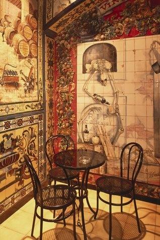 La Taberna de Los Gabrieles Madrid (del artista Carlos González Ragel )