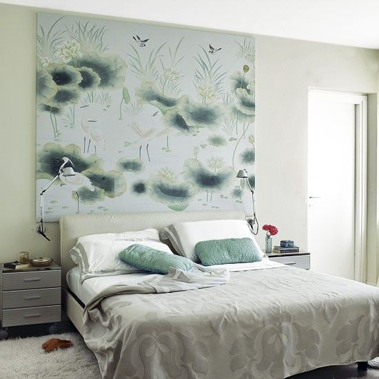 Hand-painted Chinese wallpaper as back-drop.