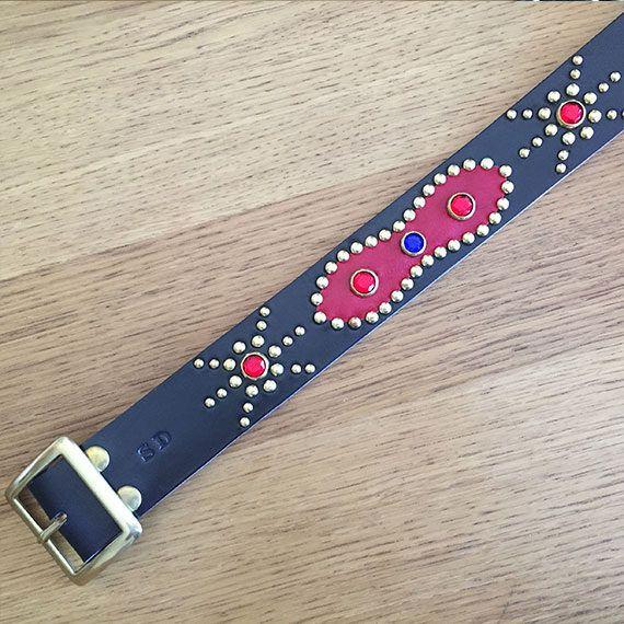 Cinturón de piel negro estilo western remachado Red