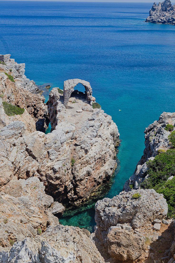 www.thegoldenbun.com | visit Karpathos, what to do on Karpathos, karpathos beaches