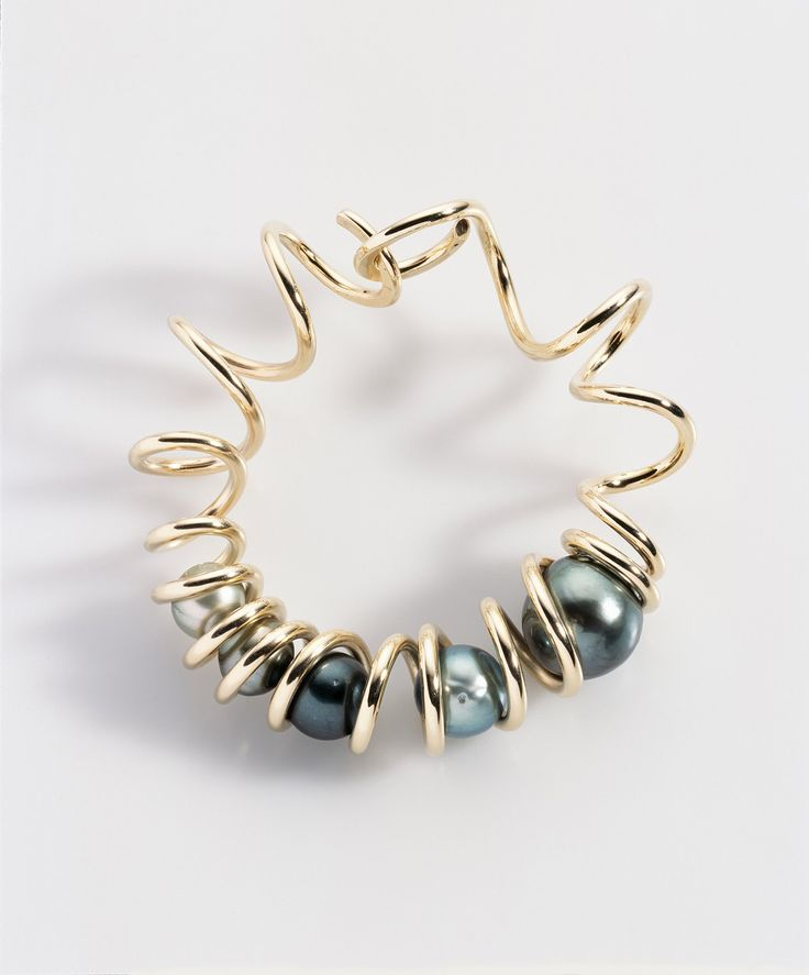 Bangle by Lilian Busch Tahitian pearls, 9ct gold Winner of Tahitian Pearl Trophy, Great Britain, a few years back