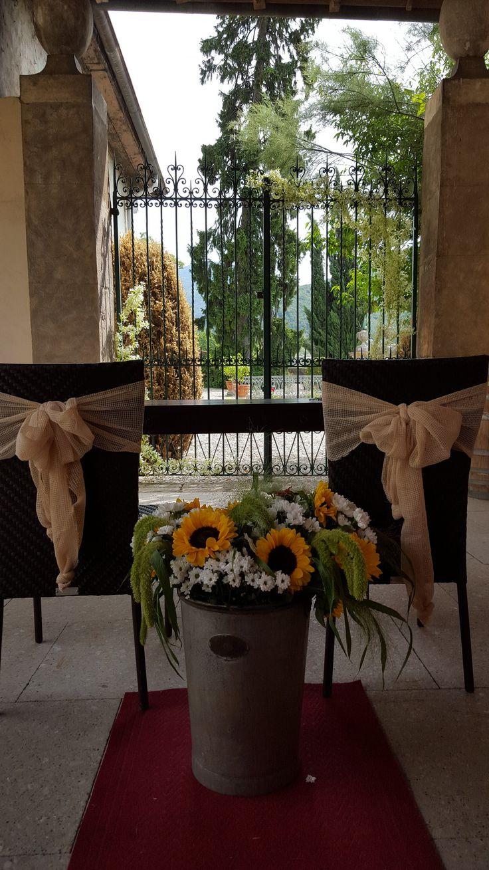 cerimonia civile sotto il portico