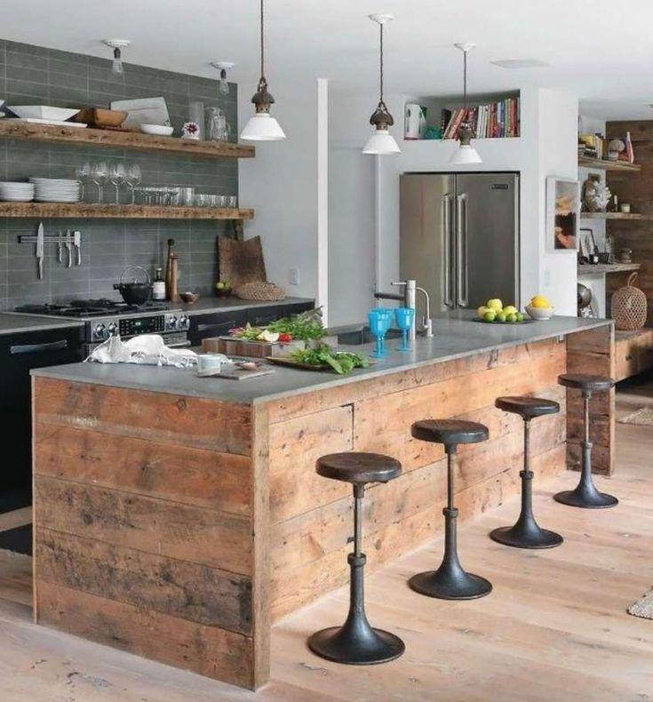 Cucine fai da te - Isola con legno di riciclo