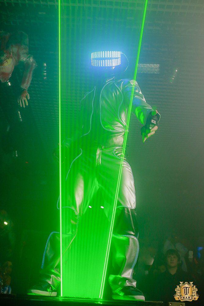 Trick or Treat! #laserman #Halloween #party #night #club #DreamLaser #lasershow #cool #show #performance #wow #magic #yeswearecool #Russia