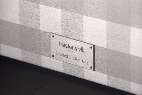 Hästens Platinum - Just like the rare noble platinum metal is desired for its valuable properties, this bed is for those who want something truly extraordinary. | http://www.iconhotel.eu/en/sleep