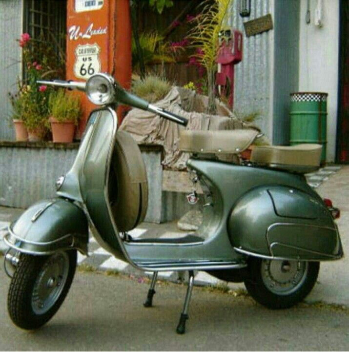 Love this colour on a vintage Vespa