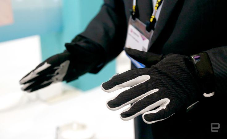 Learn about These subtle smart gloves turn sign language into words http://ift.tt/2qAo2Uq on www.Service.fit - Specialised Service Consultants.