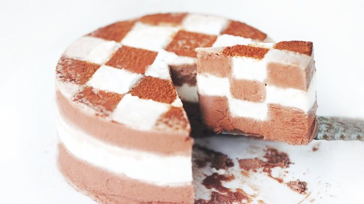 How to Make Checkerboard Ice Cream Cake 바둑판 아이스크림 케익 만들기 Schaakijstaart