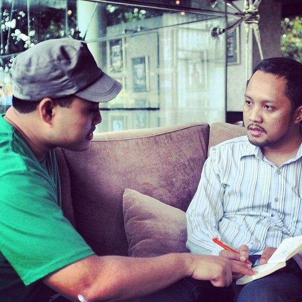 Isman Hidayat Suryaman and Lukman Baehaqi. Two Indonesian Stand-up comedian. Discuss they material. They are too serious for discussing a joke.