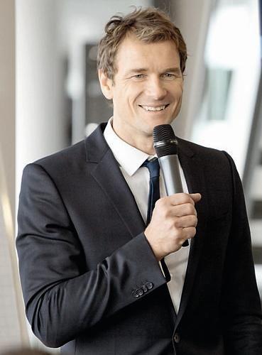 #scorpio Jens Lehmann (* 10. November 1969 in Essen) ist ein ehemaliger deutscher Fußballtorwart. https://de.wikipedia.org/wiki/Jens_Lehmann