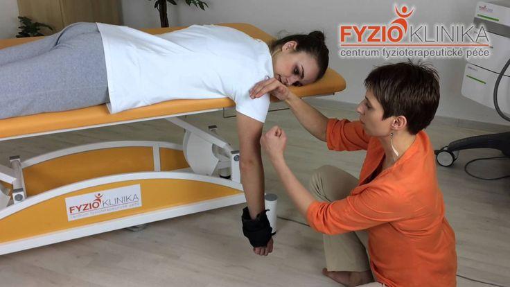 Uvolnění kloubního pouzdra při zmrzlém rameni