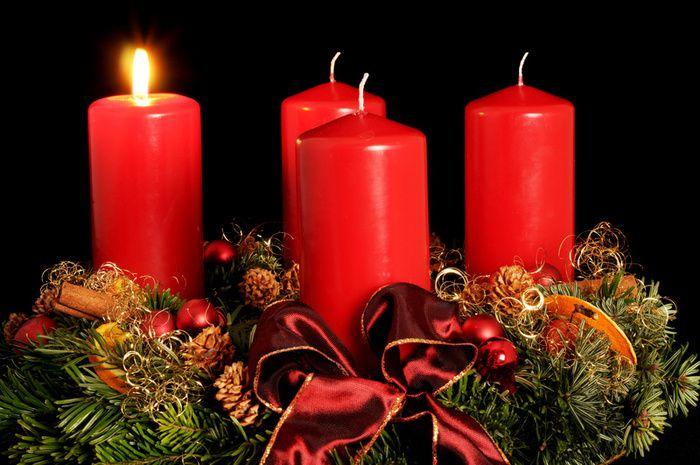 advent wreath photo picture definition advent wreath. Black Bedroom Furniture Sets. Home Design Ideas