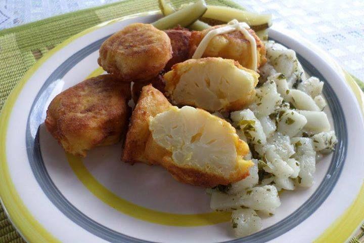 Ti Küldtétek Recept (A recept beküldője:Bodnár Éva) Karfiol párizsi bundában petrezselymes vajretekkel (paleo és vega recept)       Karfiol párizsi bundában petrezselymes vajretekkel (paleo)     Egyszerű vega és paleo (tejmentes, gluténmentes, szójamentes, húsmentes) ebédötlet: kar
