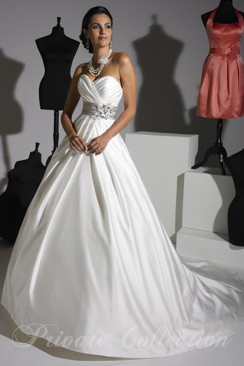 45 best Belle Amore dresses images on Pinterest | Wedding frocks ...