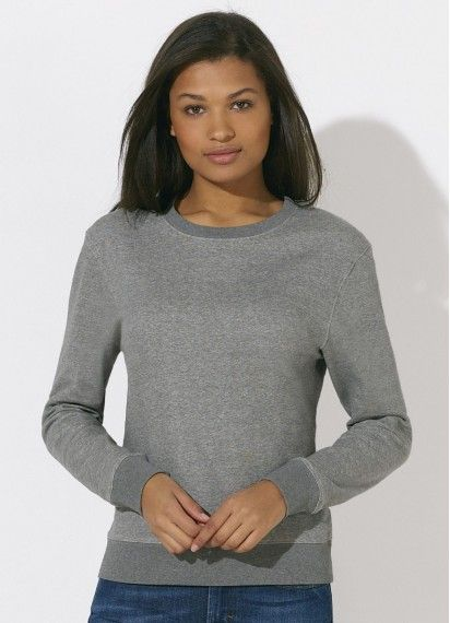 Matilde 100% organic cotton comfy crew neck jumper in Mid Heather Grey. Cosy style of rib cuffs and bottom hem to keep in that warmth but still a little light and large for optimum comfort! Fair trade and made in Bangladesh. #organiccottonjumper #fairtradejumper #ethicaljumper