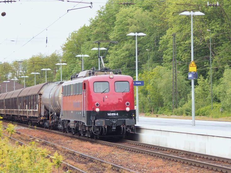 2016.05.19.  Die private 140-856 in Laufach an der Spessartrampe