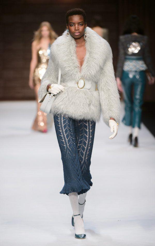 Неделя моды в Париже, осень-зима 2018-2019: Elisabetta Franchi   MsKnitwear.com