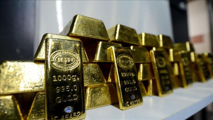 Borsa İstanbul Kıymetli Madenler ve Kıymetli Taşlar Piyasasında (KMTP) altının kilogramı 152 bin 500 liraya yükseldi.  Altın piyasasında, 15 işlemde 33 milyon 690 bin 883,56 liralık ve 18 işlemde 42 milyon 157 bin 702,36 dolarlık işlem hacmi kaydedildi.   #152 #500 #Altının #bin #kilogramı #liraya #yükseldi