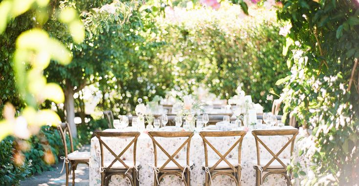 A whimsical garden party-style wedding in Menlo Park, California with romantic calligraphy and floral details galore.