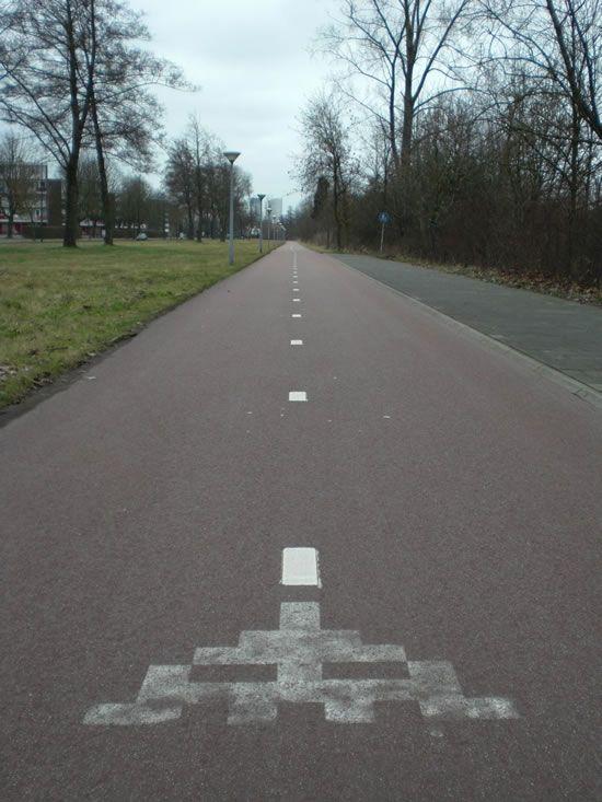 Street art, OakOak - http://www.laregalerie.fr/le-code-de-la-route-selon-oak-oak/