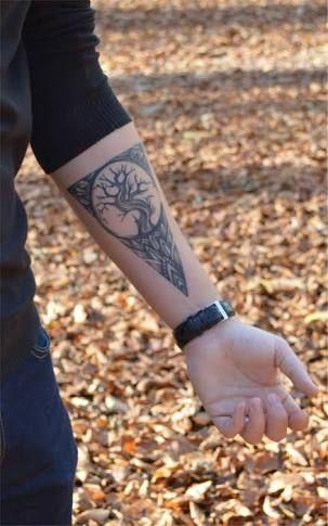 Billedresultat for yggdrasil tattoos