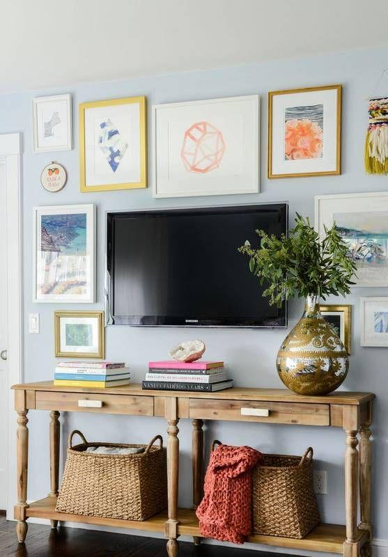 + living room // TV gallery wall