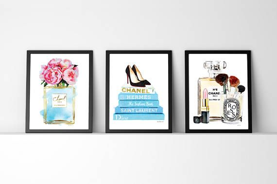 Set of 3 fashion inspired posters watercolor  -The gold is an effect, a photo of gold foil- -Gold effect on one book title  This listing is for the above 3 prints, but if you would like to swap around colors or flower styles, just message me and I will be happy to list a new combo for you..  - You will receive one of each print, 3 in total. - Dimensions: select from drop down menu - 8x10 inches 12x16 inches, 12x18 inches,16x20 inches,18x24 inches - 24x36 inches is available, please message…
