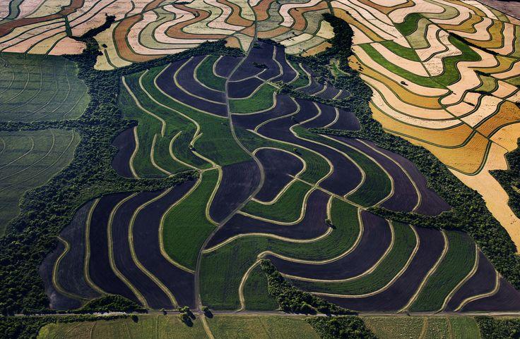 LAGUNA BLANCA - DOUGLAS TOMPKINS http://farmhub.textileexchange.org/newsletter/special-features https://www.youtube.com/watch?v=Ib-VrM4Qbvc http://farmhub.textileexchange.org/upload/newsletter/_3002878-Luis%20Franke.jpg http://farmhub.textileexchange.org/upload/newsletter/_3002342-Luis%20Franke.jpg