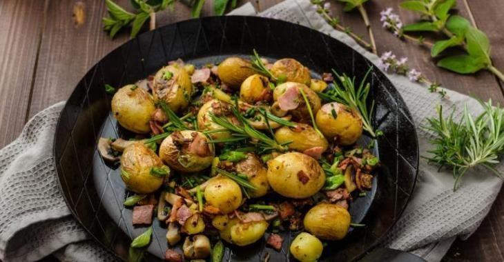 Un succès garanti...Voici les pommes de terre grelots et bacon.