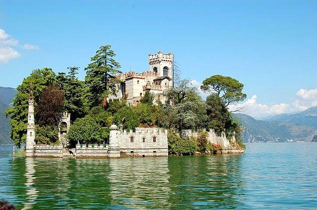 İsola di Loreto Kalesi - İtalya
