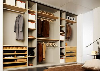 die besten 25 schrank stange ideen auf pinterest schrankt r lager aufbewahrung tricks und. Black Bedroom Furniture Sets. Home Design Ideas