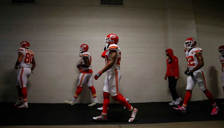 STEELERS 43  -  CHIEFS 14  -     Members of the Kansas City Chiefs head towards the field before the game against the Pittsburgh Steelers at Heinz Field on Oct. 2, 2016 in Pittsburgh.