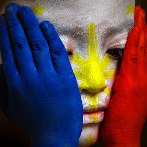 Philippine Flag face painting