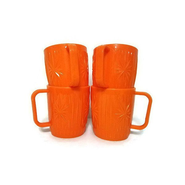 Starburst Mugs Plastic Set of Four Vintage Bright Orange Coffee Cups... ($18) ❤ liked on Polyvore featuring home, kitchen & dining, drinkware, plastic mugs, plastic drinkware and plastic coffee cups