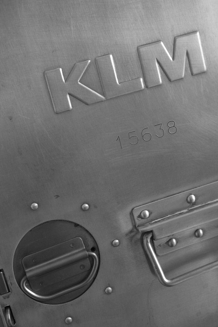 KLM: Klm Food, Food Carts, Color, Branding, Klm Details, Klm Flight, Photo, Steel Boxes, Airline