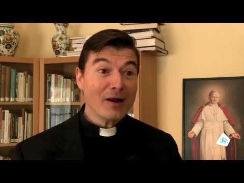 Tweeter avec Dieu - Père Remery: les jeunes, l'église et les réseaux soc...
