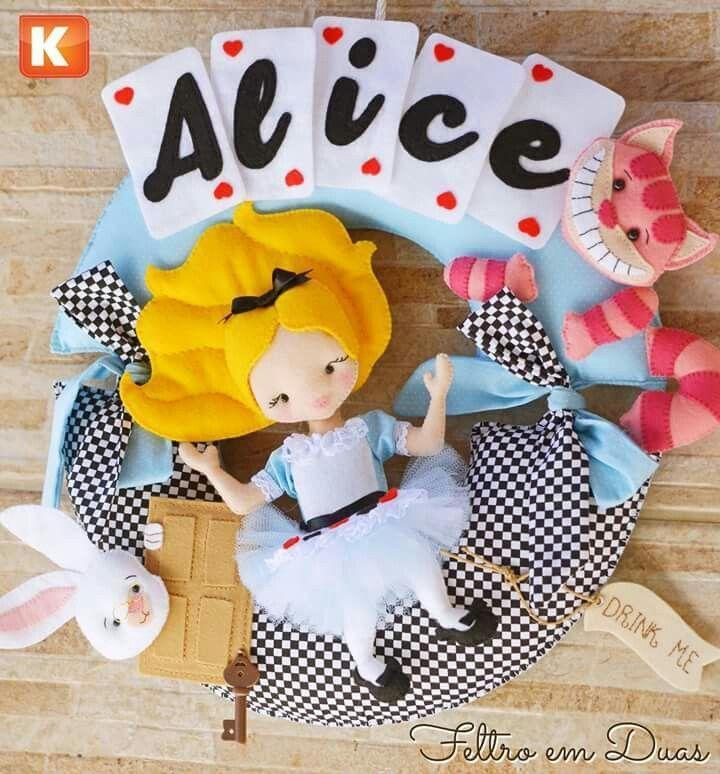 Pin Do A Ave Fenix Em Alice In The Wonderland Feltro Bonecos