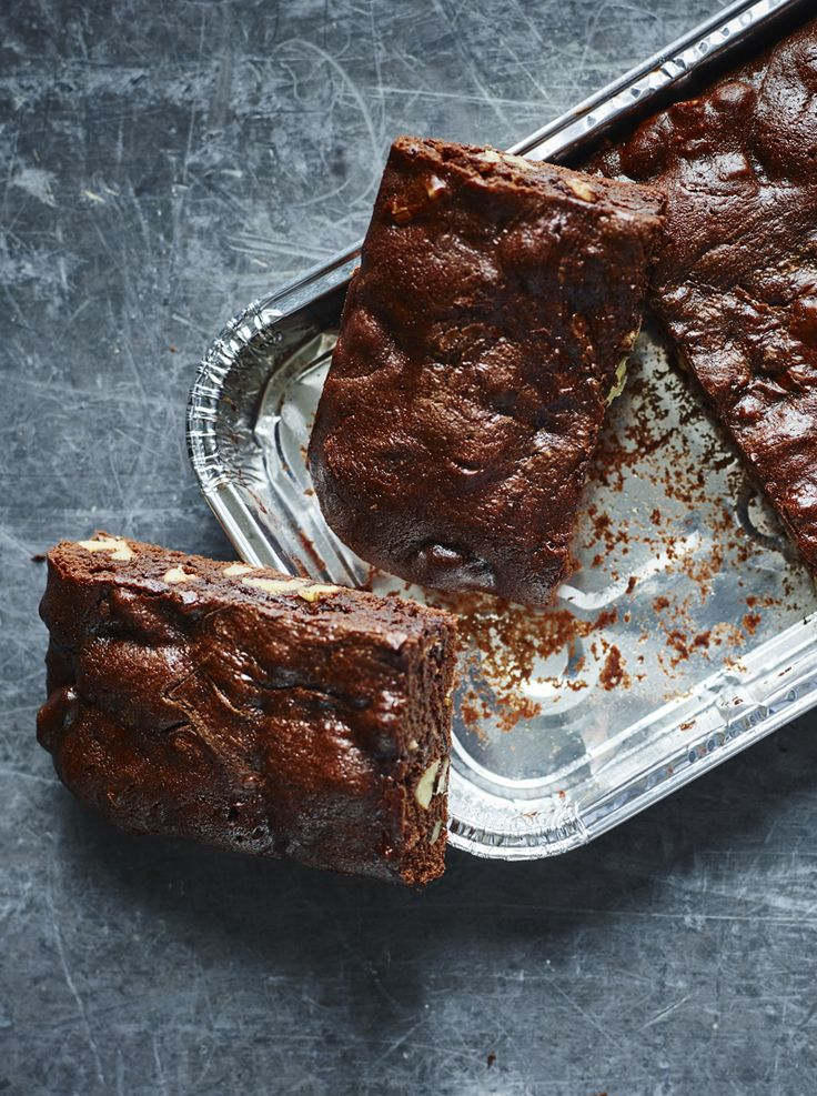 This is for those times you urgently need a brownie, but don't want to make (or, rather, can't justify making) a whole batch.