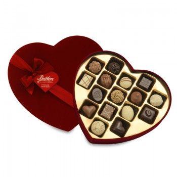 Large Velvet Heart Box with 16 Chocolates. €16 . www.standun.com