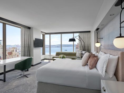Discover the newly reimagined luxury hotel in Downtown Seattle, Loews Hotel 1000, Seattle, featuring luxury water view suites, genuine service and upscale dining.