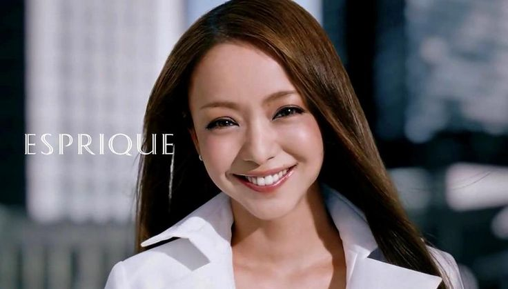 Screen cap from the new Kose Esprique CM.