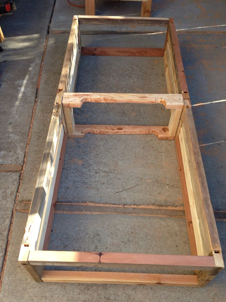 8 best images about pallet shelves on pinterest spice for How to make a spice rack out of pallets
