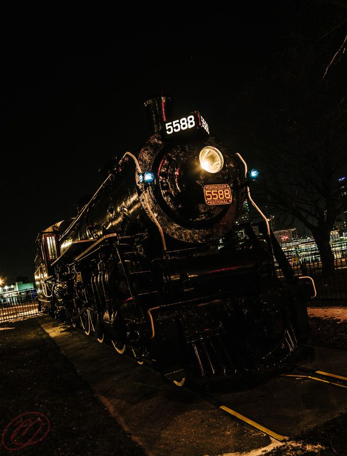 Engine 5588 by Matthew Thomson on 500px