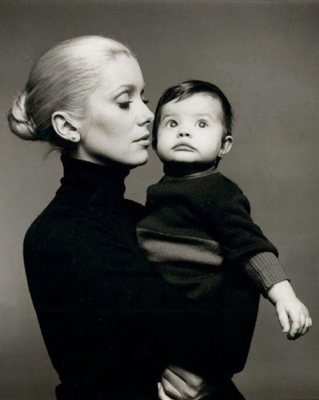 Catherine Deneuve and Chiara Mastroianni by Richard Avedon. Motherhood never looked so sexy and chic.