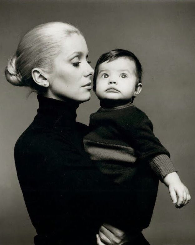 Catherine Deneuve and Chiara Mastroianni by Richard Avedon