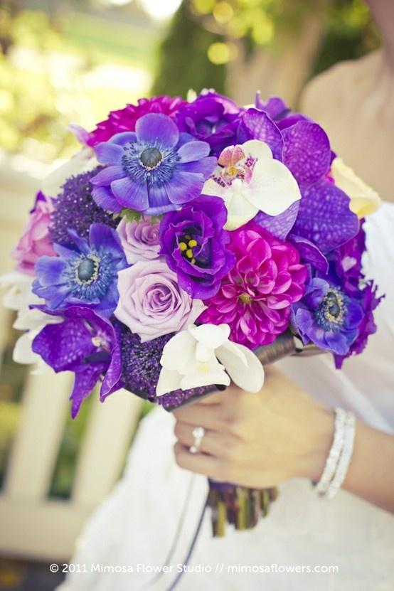 purple wedding bouquet flowers