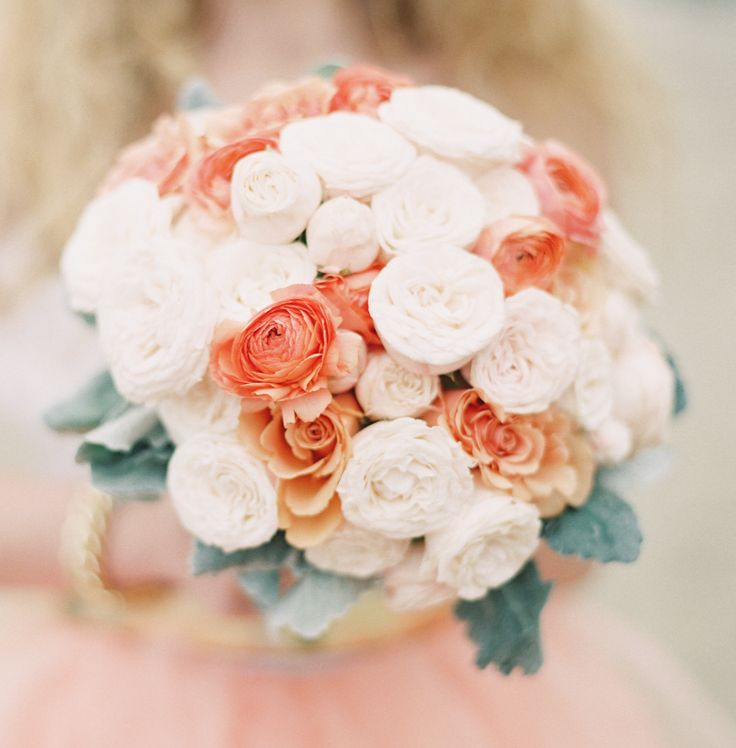 Featured Photographer: Ashley Kelemen Photography; 25 Chic Bridal Bouquet Inspiration (New!). To see more: http://www.modwedding.com/2014/08/06/25-chic-bridal-bouquet-inspiration-new/ #wedding #weddings #bouquet Featured Wedding Flower: Camellia Wedding Flowers; Featured Photographer: Ashley Kelemen Photography