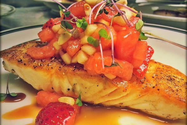 The 10 Best Seafood Restaurants in Minnesota!