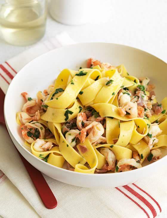 Tagliatelle with prawns, Parma ham and parsley #food #recipe