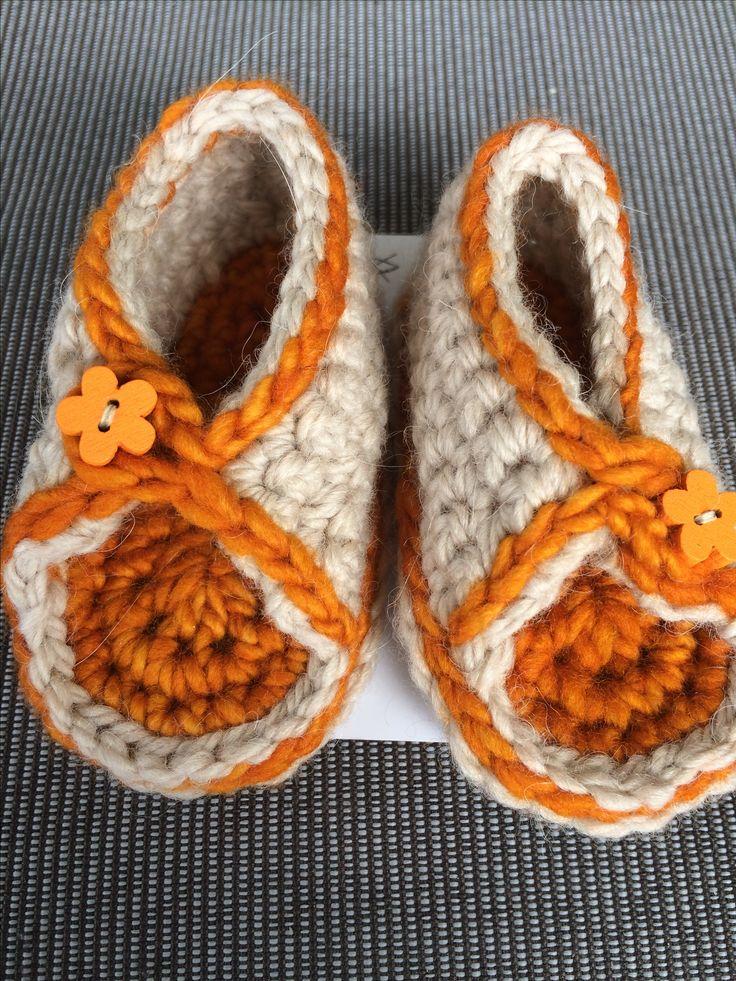 Heklede sandaler i Cotinga og rest av Malabrigo Worsted